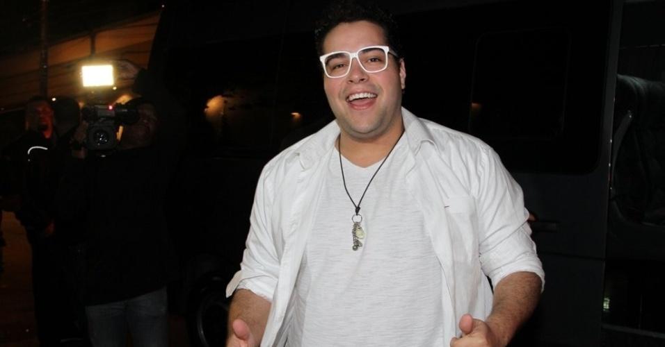 20.set.2013 - Tiago Abravanel em festa de Danilo Faro em sua casa no Morumbi, em São Paulo. O promoter fez aniversário em agosto, mas resolveu esperar os amigos voltarem de férias para comemorar