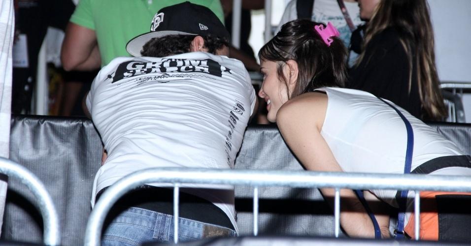 21.set.2013 - Maria Casadevall e Caio Castro curtem juntos o Rock in Rio