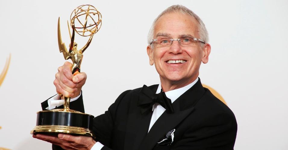 """22.set.2013 - Don Roy King co o prêmio de Melhor diretor para Programa de Variedade vencido por """"Saturday Night Live"""""""