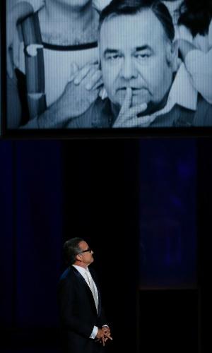 22.set.2013 -Tributo ao ator Jonathan Winters, que morreu neste ano, apresentada por Robin Williams