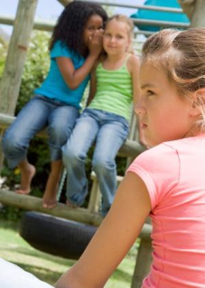 A pior coisa é dizer para a criança não ser tímida - Thinkstock