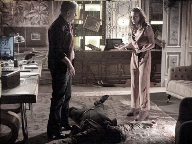 """Em """"Saramandaia"""", Laura mata Carlito para proteger Zico"""