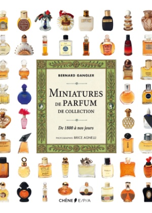 """Capa do livro """"Miniatures de parfum de collection de 1800 à nos jours"""" - Divulgação"""