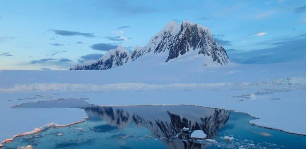 Degelo na Groenlândia e Antártida dobra em cinco anos, diz estudo