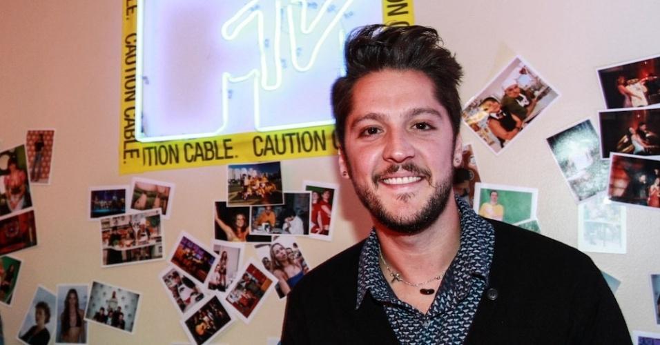 26.set.2013- André Vasco em evento da última transmissão da MTV