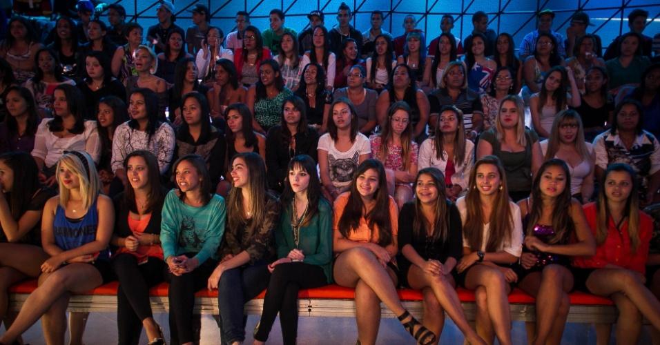 """set.2013 - set. 2013 - Depois de 4 horas de espera, a plateia do programa """"Os Legendários"""" acompanha a atração comandada por Marcos Mion"""