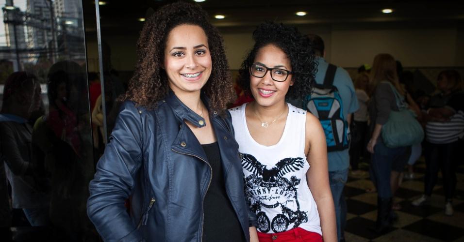 set.2013 - As amigas de Diadema, Midiã Silva, 21 anos e Angélica melo, 20, foram pela primeira vez a um programa televisivo e relatam a experiência