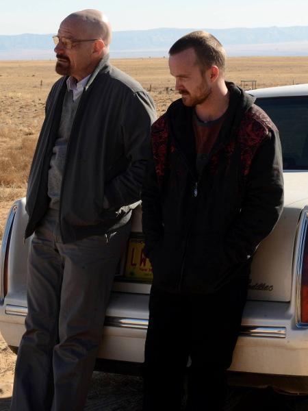 Walter White (Bryan Cranston) and Jesse Pinkman (Aaron Paul) em cena da última temporada de Breaking Bad - Divulgação/AMC