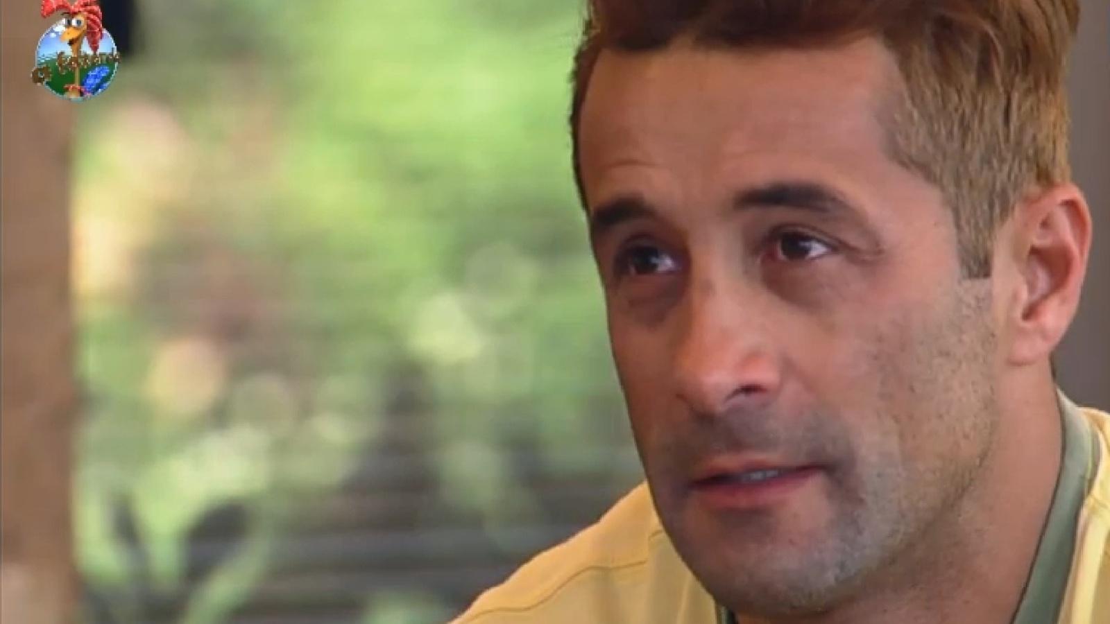27.set.2013 - Marcos Oliver se emociona com depoimento da esposa
