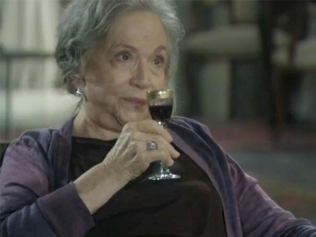 """Em """"Amor à Vida"""", Bernarda provoca Félix na frente de Pilar"""