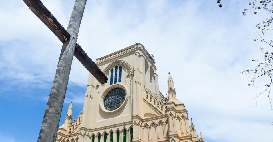 Igreja de Bom Despacho, em Cuiabá, é uma réplica de Notre Dame. Anexo a ela, fica o Museu de Arte Sacra