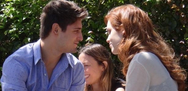 """Personagem de Sophia Abrahão formará par romântico com médico de """"Amor à Vida"""""""
