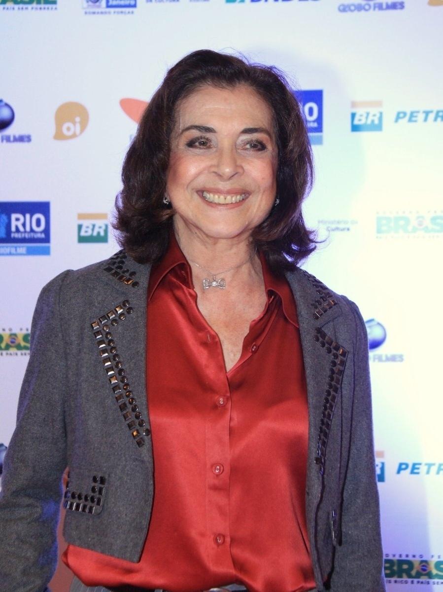 """28.set.2013 - A atriz Betty Faria chega à estreia do filme """"Os Amigos"""" no Festival do Rio"""