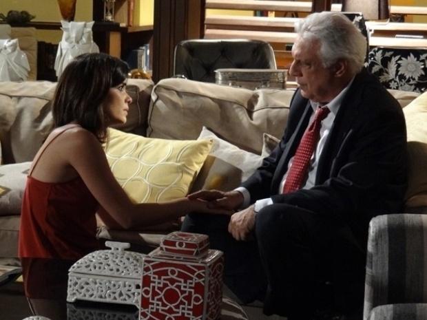 """28.set.2013 - Em """"Amor à Vida"""", Aline convence César a desviar dinheiro e comprar casa isolada"""