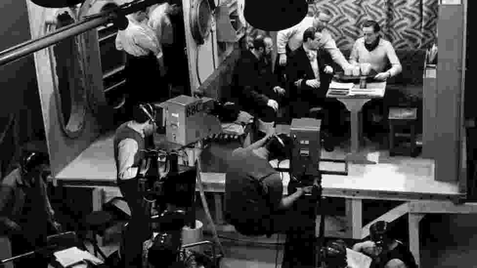 A Heritage Lottery Fund, a fundação ligada a Loteria Nacional da Grã-Bretanha que financia projetos ligados ao patrimônio, é a responsável pela reforma, que custou R$ 87 milhões, do teatro, do East Court e dos estúdios da BBC. A abertura está prevista para 2017 - BBC