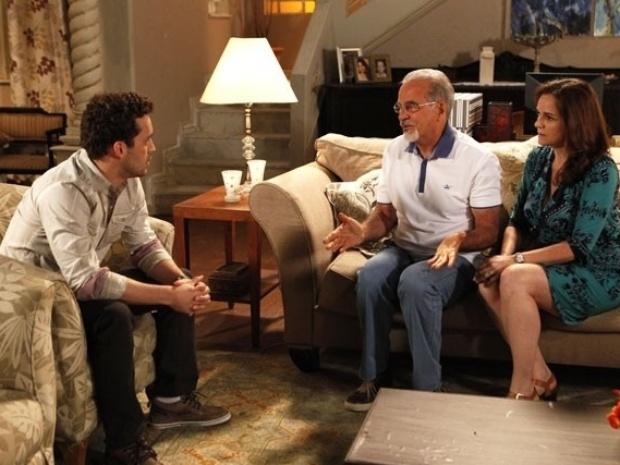 """Em """"Amor À Vida"""", Perséfone é rejeitada pelos pais de Daniel por ser gorda"""