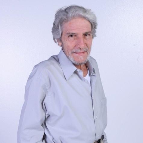 O ator e secretário de Defesa dos Animais do Rio Cláudio Cavalcanti