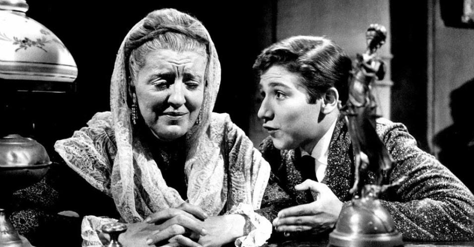 """Zilka Salaberry e Claudio Cavalcanti em cena da peça """"O Caso Maurizius"""" (60), baseado em obra de Wasseman"""