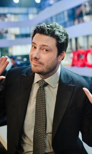 2012 - O humorista Danilo Gentili posa para um retrato nos estúdios da Band
