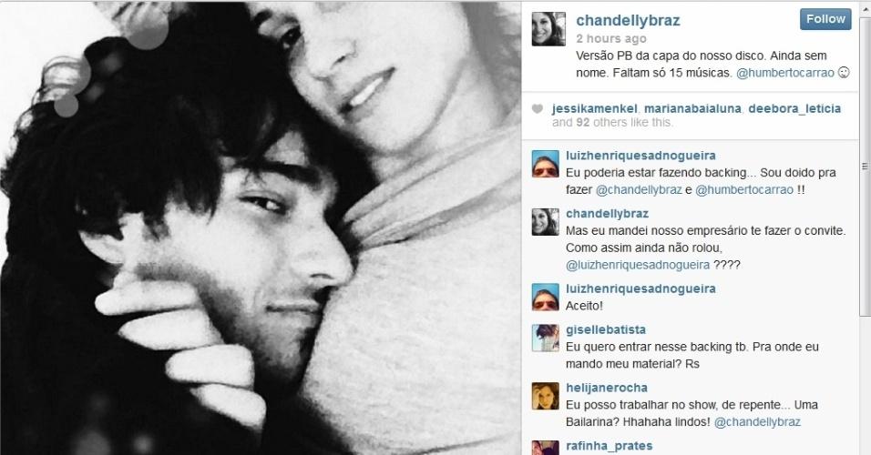 30.set.2013 - A atriz Chandelly Braz publica foto com o namorado, Humberto Carrão