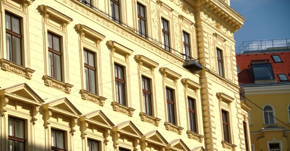 Fachada do Café Sperl, estabelecimento em funcionamento desde 1880, em Viena. Esta é uma das opções para o viajante gay que visita a capital da Áustria