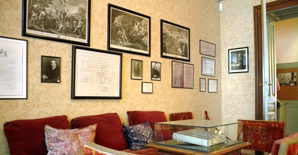 Vista da sala de espera do antigo consultório de Sigmund Freud, médico que viveu em Viena por mais de 40 anos. Atualmente, o local é um pequeno museu na rua Berggasse, no 9º Distrito, na capital da Áustria