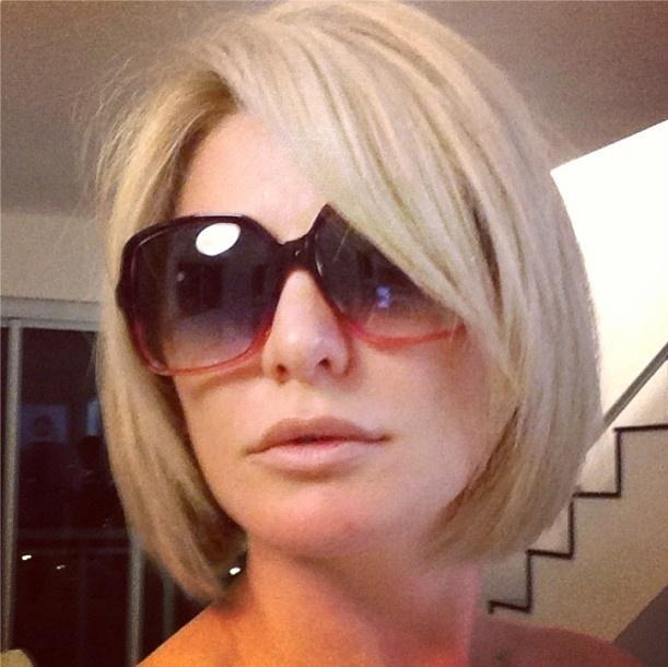 1.out.2013 - A atriz Antonia Fontenelle mudou o cabelo e publicou foto em seu Instagram.