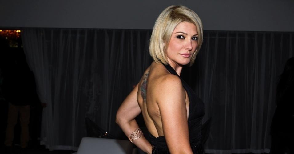 1.out.2013 - Antônia Fontenelle na festa de comemoração dos 20 anos do canal Fox no Brasil. O evento aconteceu em uma casa noturna de São Paulo