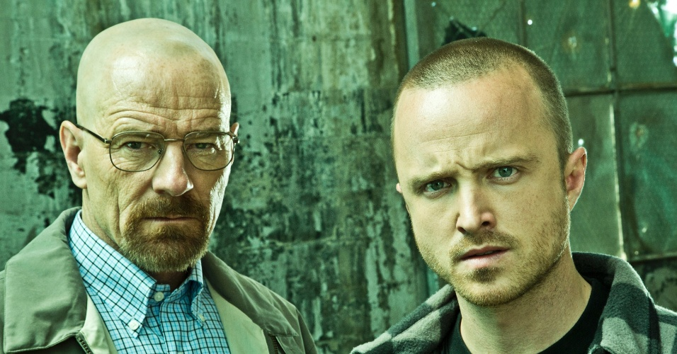 """Aaron Paul (Jesse) e Bryan Cranston (Walter) em cena da última temporada de """"Breaking Bad"""""""