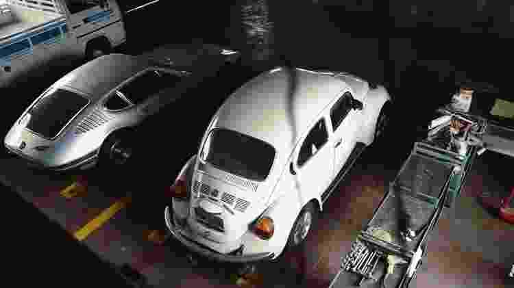 Kombi, SP2 e Fusca em perfeito estado repousam nas dependências da concessionária VW - Reprodução