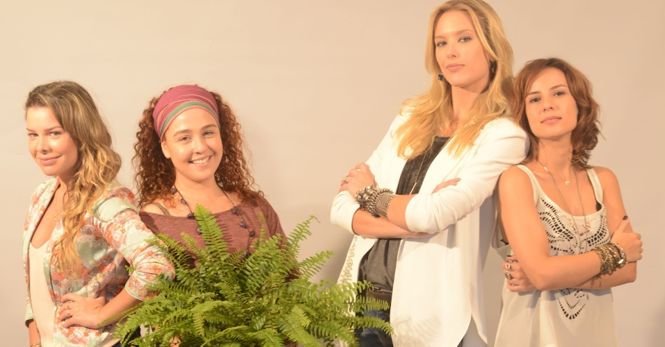 Fernanda Souza, Débora Lamm, Gianne Albertoni e Andréia Horta em foto do filme