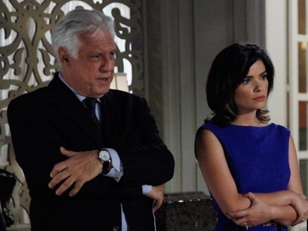 """Em """"Amor à Vida"""", Félix surta quando César propõe que Paloma seja vice do hospital"""