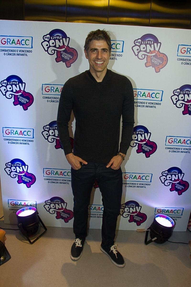 3.out.2013 - O ator Reynaldo Giannechini participou do lançamento do filme