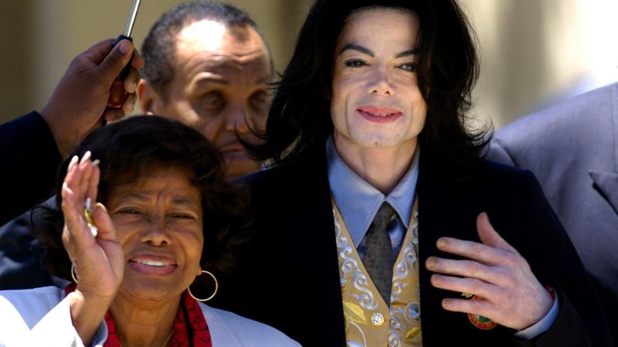 Mãe de Michael Jackson acusa sobrinho de maus tratos e 'abusos ...