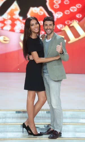 """4.out.2013 - Lea T participa das gravações do programa """"Dancing With the Stars"""", na Itália. O programa é uma versão do quadro """"Dança dos Famosos""""."""