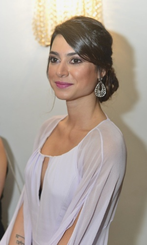 4.out.2013 - Thaila Ayala prestigiou na noite desta sexta o baile de gala organizado pela amfAR no hotel Copacabana Palace, no Rio. A ONG destina recursos à pesquisa da cura e tratamento da Aids