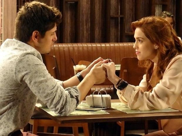 """Em """"Amor à Vida"""", Natasha descobre que Rogério amava Nicole"""