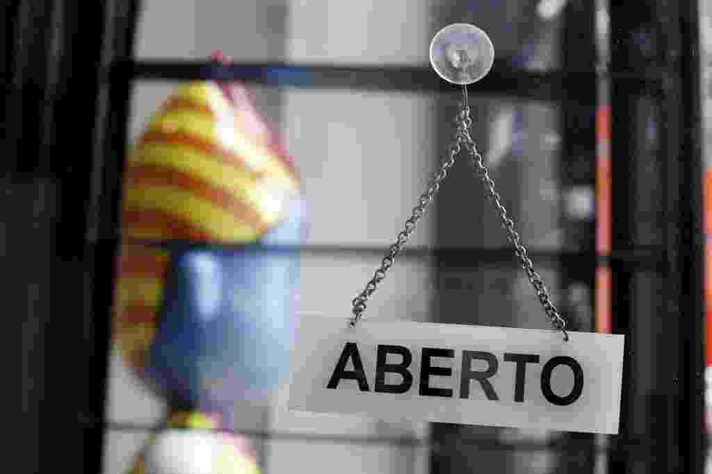 05.out.2013 - Placa da galeria Britto, na Rua Oscar Freire, em São Paulo - Wanezza Soares/UOL