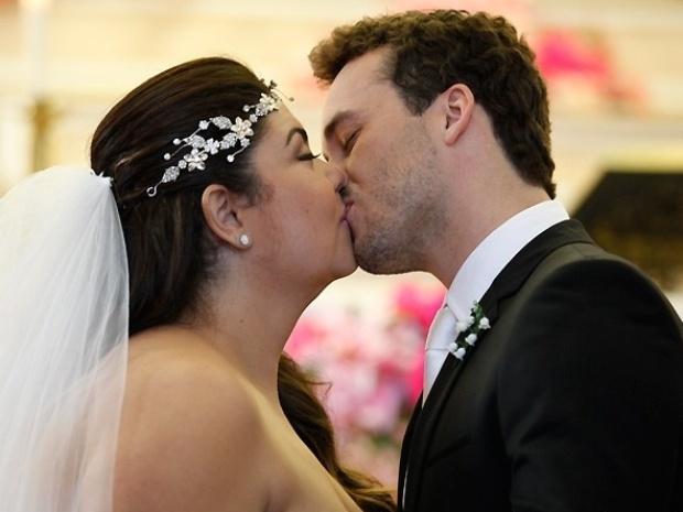 "Em ""Amor à Vida"", Perséfone e Daniel se casam"