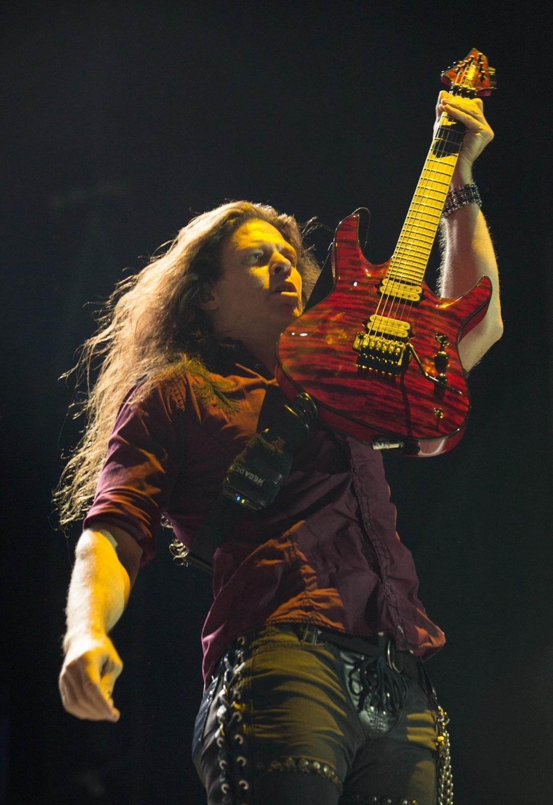 4.out.2013 - Megadeath tocou antes do Black Sabbath em show em Santiago, no Chile. As bandas estão em turnê pela América Latina