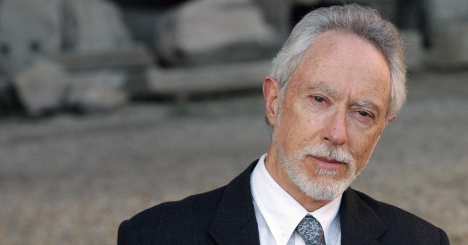 22.jun.2004 - O escritor sul-africano J.M. Coetzee, em Roma, Itália