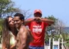 Nicole Bahls é tietada em praia do Rio - AgNews