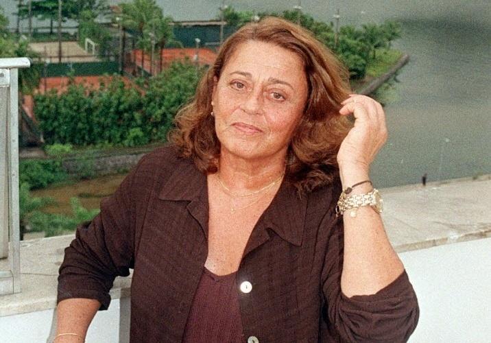 A atriz Norma Bengell durante entrevista em sua casa, no Rio de Janeiro