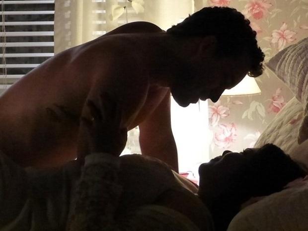 """Em """"Amor à Vida"""", Perséfone perde a virgindade com Daniel"""