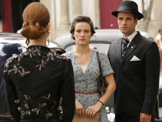 """Em """"Joia Rara"""", Silvia faz cena e acusa Franz de separá-la de Pérola"""