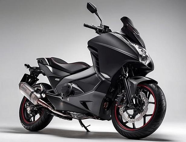 Honda Integra Sport, por enquanto disponível apenas na Europa, é exemplo de maxiscooter - Divulgação