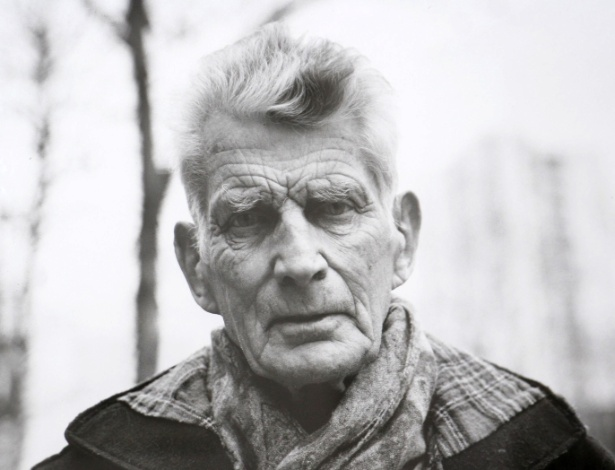 O escritor e dramaturgo irlandês Samuel Beckett em foto-documento exibida em comemoração de centenário de aniversário de seu nascimento (13 de Abril de 2006) - AFP