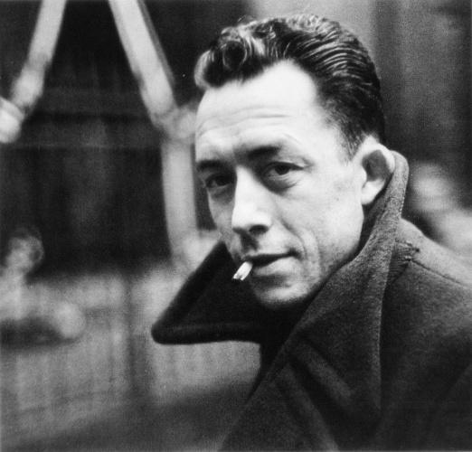 O escritor franco-argelino Albert Camus