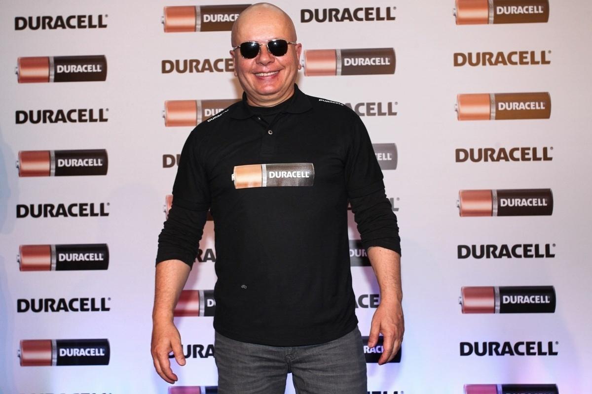 10.out.2013 - Marcelo Tas participou do lançamento de uma websérie promovido por uma marca de pilhas, em São Paulo