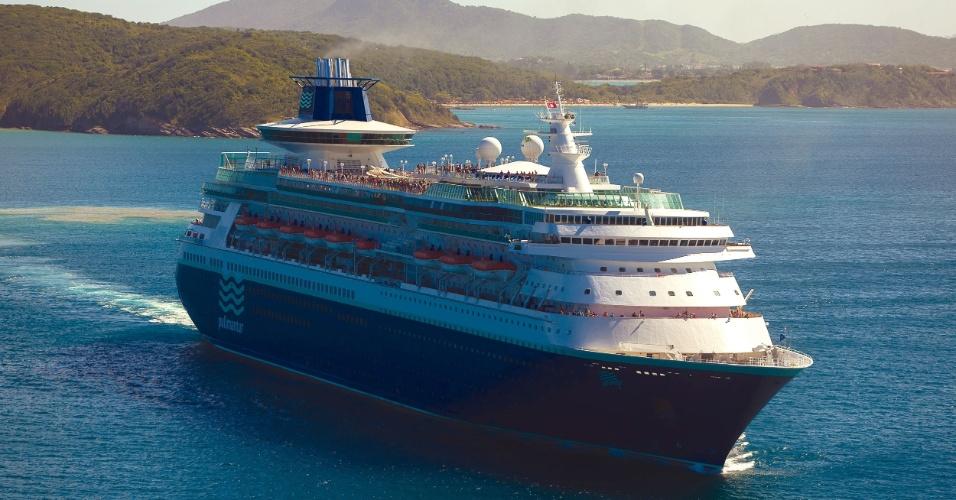 Reformado em 2008, o Sovereign é um dos maiores navios da Pullmantur. A embarcação tem capacidade para 2733 hóspedes e, entre novembro de 2013 e março de 2014, fará diversos roteiros pelo litoral brasileiro, conectando principalmente o Sudeste com o Nordeste